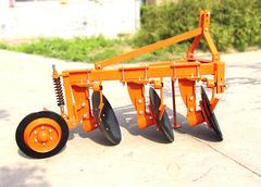 Объявление 1LY серия дисковый плуг четырехкорпусный пятикорпусный тракторный в Китае